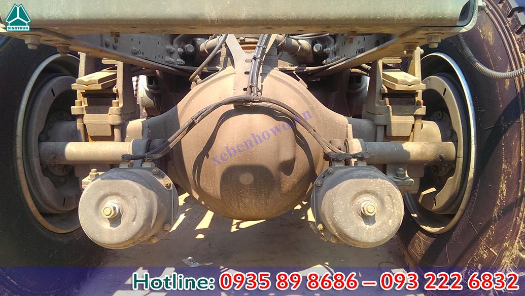 Đầu kéo HOWO T5G động cơ 340HP