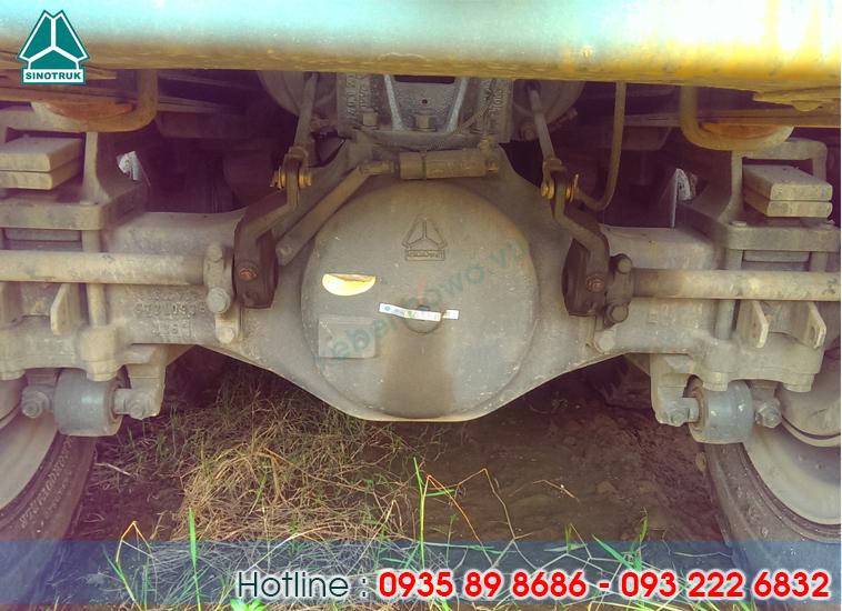 Xe ben HOWO động cơ 371HP thùng đúc