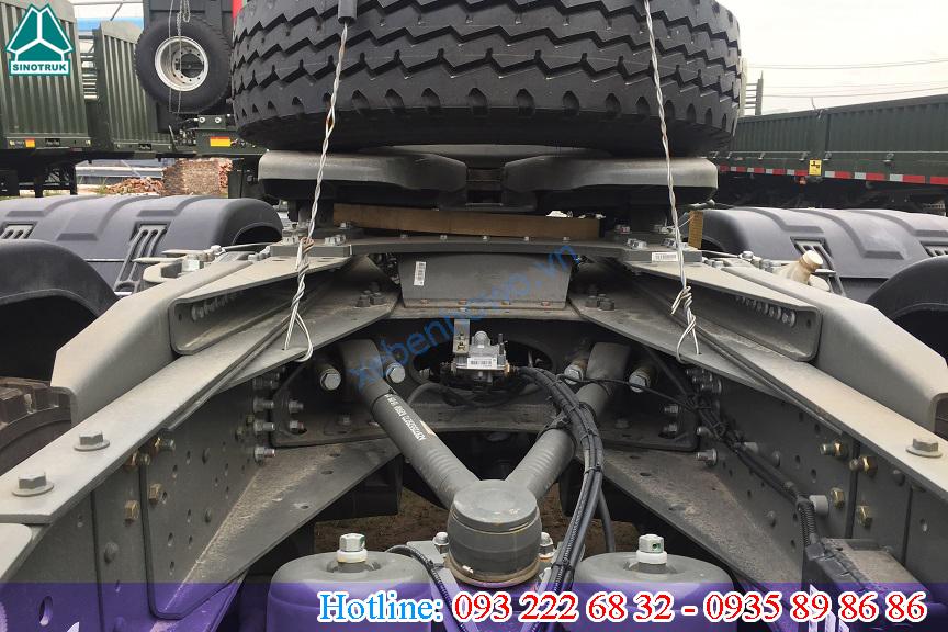 Đầu kéo HOWO A7 375HP Cầu Visai