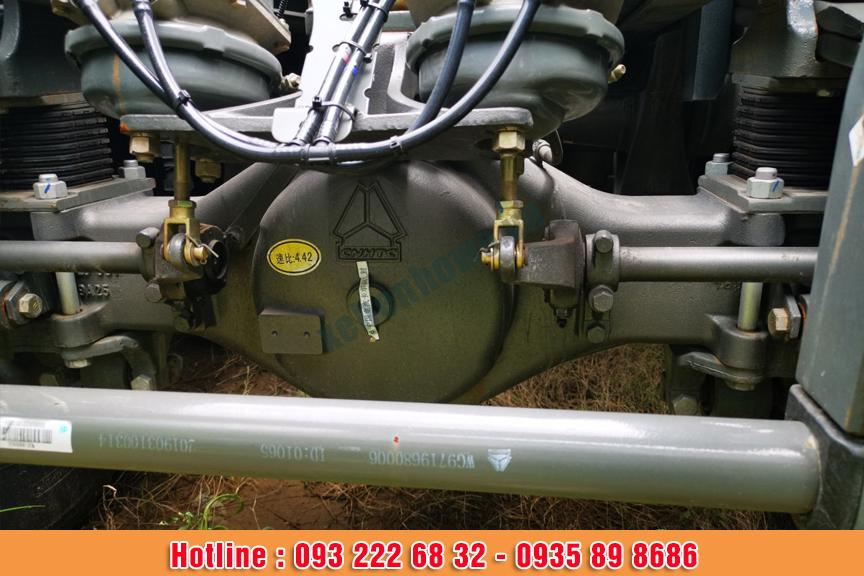 Xe đầu kéo HOWO A7 động cơ 380HP tiêu chuẩn khí thải EURO V